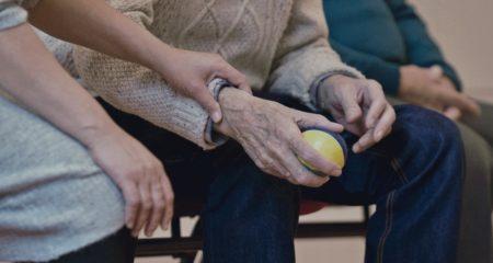 Razlika između ugovor o doživotnom i dosmrtnom uzdržavanju